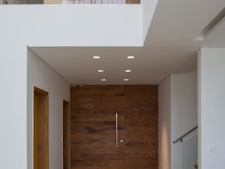 Puertas y ventanas modernas de AURORA Arquitetura - Design 4 Stays Moderno