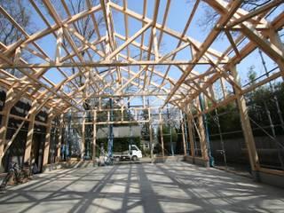 KONARAHOUSE工場 クラシカルな 家 の 木造トラス研究所・株式会社 合掌 クラシック