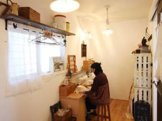 一級建築士事務所アトリエm Eclectic style media rooms