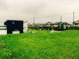 コートヤードとバイクガレージのある家 tai_tai STUDIO モダンな 家