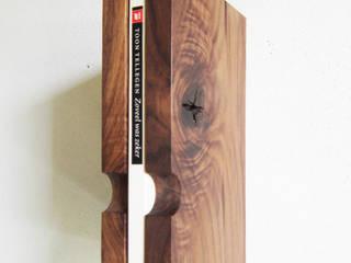 eenboekskast:   door PouPou, Minimalistisch