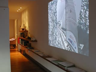 Corredores, halls e escadas minimalistas por Paolo Briolini Architettura Minimalista
