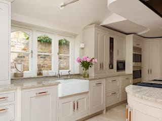 Kensington | Richmond Townhouse Davonport ห้องครัว Grey