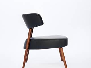 Marlon Lounge Group: modern  von AXEL VEIT,Modern