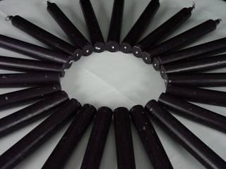 Schwarze durchgefärbte Kerzen:   von Jutta Schuster,