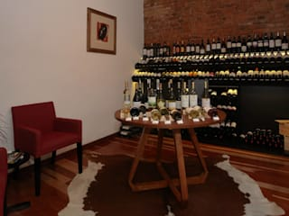 Mucho Gusto Mercado Adegas rústicas por Cris Manzolli Arquiteta Rústico