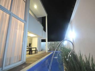 Moderne Pools von CLM Arquitetos Associados LTDA Modern