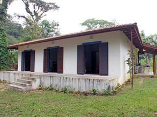 Дома в колониальном стиле от RAC ARQUITETURA Колониальный