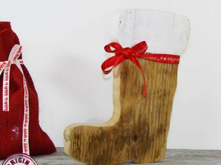 Nikolausstiefel aus verwittertem Holz:   von Elfenwinkel