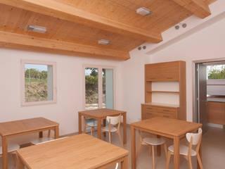 San Lorenzo: Sala da pranzo in stile  di Luca Di Bartolo