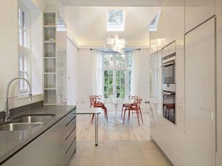 Elsworthy Road, NW3 Modern dining room by XUL Architecture Modern