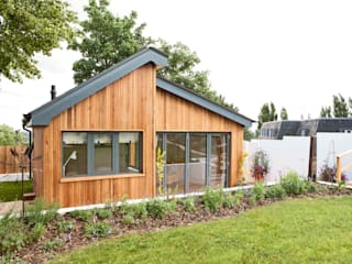Garage/shed by homify,