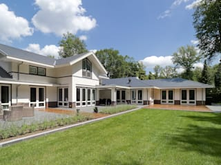 Houses by Friso Woudstra Architecten BNA B.V.