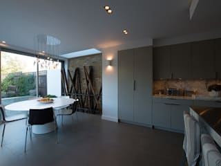 25 Chevening Road ATOM BUILD LTD Modern dining room
