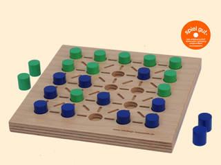 Klassische Holz-Brettspiele:   von intellego holzspiele
