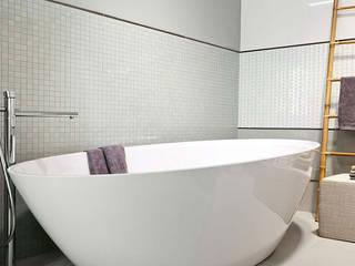 Azulejos para el baño: Baños de estilo  de Azulejos Peña s.l.