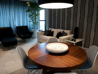 Living room by Spaceroom - Interior Design,