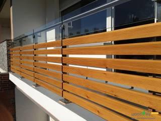 Balkon & Gartenzaun als Sonderanfertigung: moderne Häuser von wood-life-design