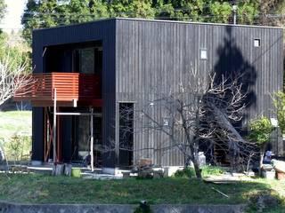 遠景、外観。: 酒井光憲・環境建築設計工房が手掛けた家です。