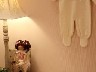 Apartamento Decorado do Landmark Residence :   por Fau Home & Living