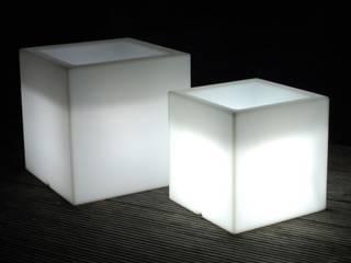 Beleuchtete Pflanzkübel:   von AE Trade Online