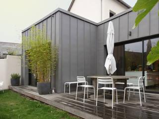 Nowoczesne domy od Briand Renault Architectes Nowoczesny
