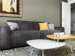Salon moderne par Studio Andrea Castrignano Moderne