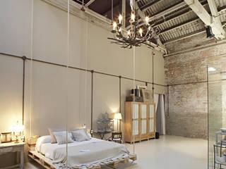 Fontini Modern style bedroom