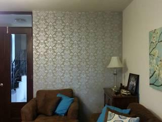 VIVAinteriores Modern Living Room Metallic/Silver