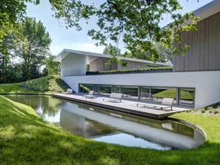 Öffentliche Aussenanlage Moderne Pools von Ecologic City Garden - Paul Marie Creation Modern