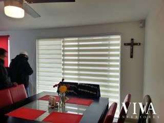 VIVAinteriores Minimalist dining room Beige