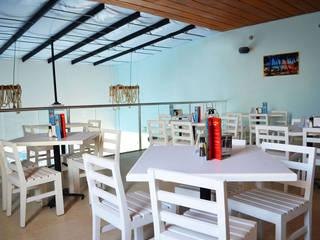 Restaurante Muelle Kay: Restaurantes de estilo  por Workshop, diseño y construcción
