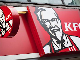 restaurante Kentucky Fried Chicken -más conocido por 'KFC'-: Locales gastronómicos de estilo  de INGENOVA | Reformas integrales & Acustica integral