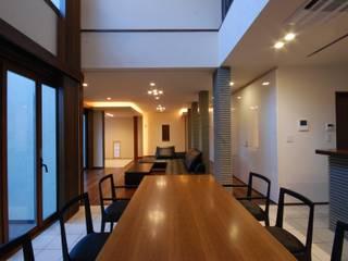 うらわの家 モダンデザインの ダイニング の 株式会社 中村建築設計事務所 モダン