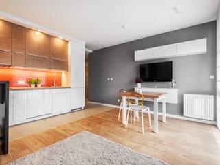 Realizacja projektu fragmentu mieszkania 30 m2 w Krakowie: styl , w kategorii Jadalnia zaprojektowany przez Lidia Sarad