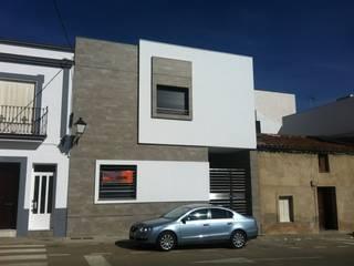Casa Nacarino-Pozo: Casas de estilo moderno de EPG-Arquitécnico