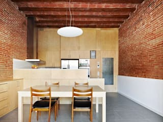 Dining room by Vallribera Arquitectes