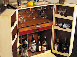 Stateroom Koffer-Bar aufklappbar, mit Rollen, Antikdesign, Elfenbein, Messingbeschläge, H 147 x B 62 x T 59 cm von ProPassione GmbH Ausgefallen