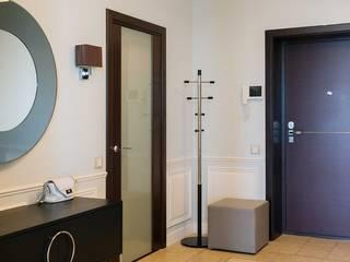 Couloir, entrée, escaliers classiques par Address Classique