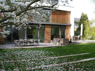 Hausgarten in Köln Moderner Garten von Riesop Landschaftsarchitektur GmbH Modern