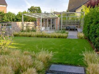 Hausgarten Moers Moderner Garten von Riesop Landschaftsarchitektur GmbH Modern