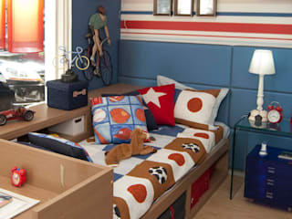 Phòng trẻ em phong cách hiện đại bởi Interiores Iara Santos Hiện đại