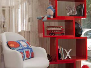 Mostra de Quartos - Villa Maria: Quarto infantil  por Interiores Iara Santos,Moderno
