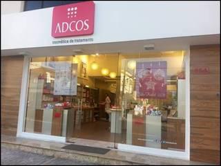 LOJAS ADCOS por ACP ARQUITETURA Moderno
