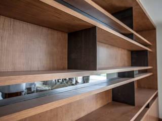 modern  by RTZ-Arquitectos, Modern