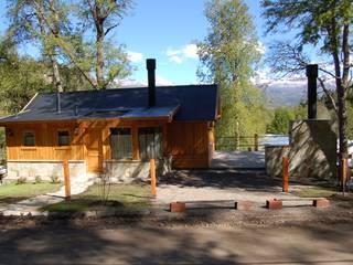 Aguirre Arquitectura Patagonica Casas de estilo clásico Madera maciza Acabado en madera