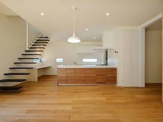 石巻町の家 北欧デザインの キッチン の 株式会社kotori 北欧