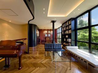 混構造の自然住宅: モリモトアトリエ / morimoto atelierが手掛けたクラシックです。,クラシック