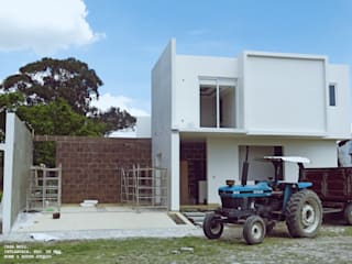 Houses by Home & House Studio , Country