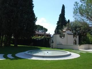 RASPANTI PIETRA SERENA SRL Modern garden Stone Grey